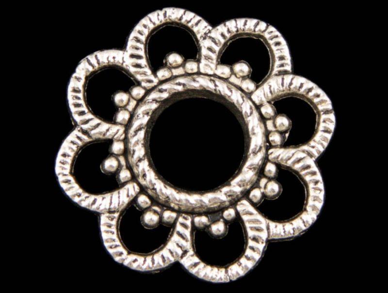 Antique Silver Raised Flower Charm Pendant - Set of 6