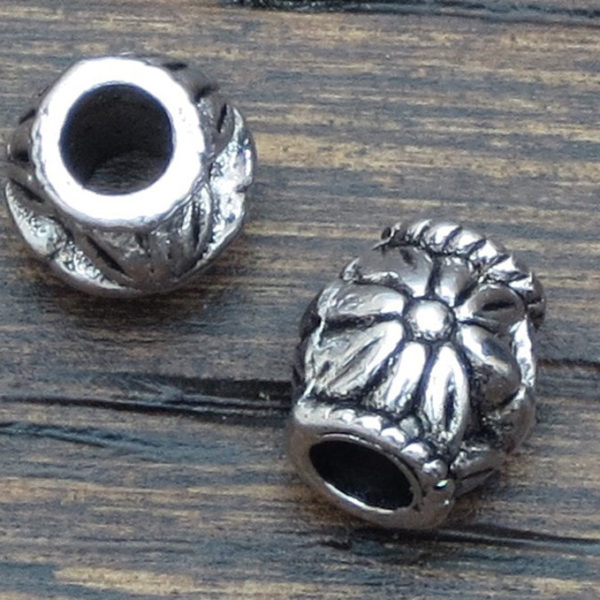 Flower Spacer Beads  –  Antique Silver 6.57 x 6.2 mm Spacer Beads